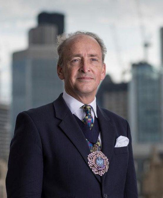 "Lord Mayor of London praises Australia's ""flourishing"" fintech scene, plugs support for new 'bridge'"