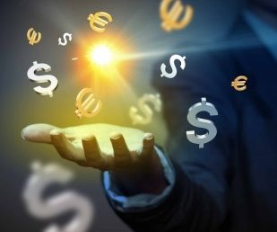 Why international money transfers should be your next savvy business move
